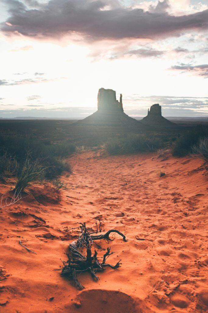 USA : Monument Valley au sunrise