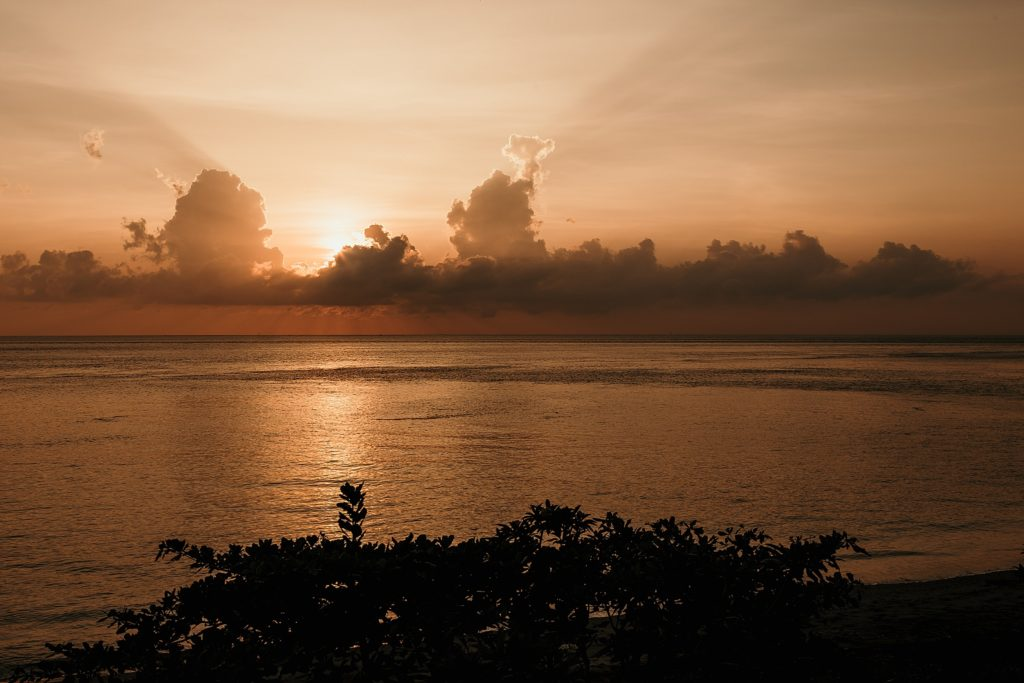 bali lever soleil amed