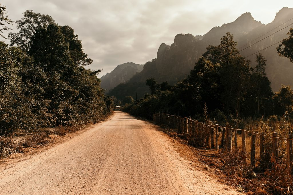 la boucle de thakhek route entre Ban Na Tan et Thalang
