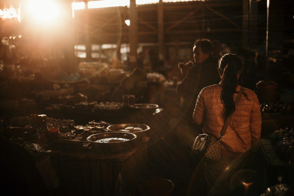 Visiter Phongsali et ses environs marché Phongsali