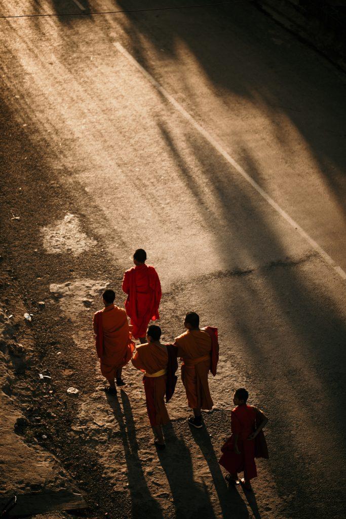 Trek au Laos moine soleil phongsali