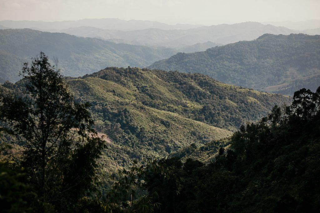Trek au Laos chez les Akha montagne nord laos