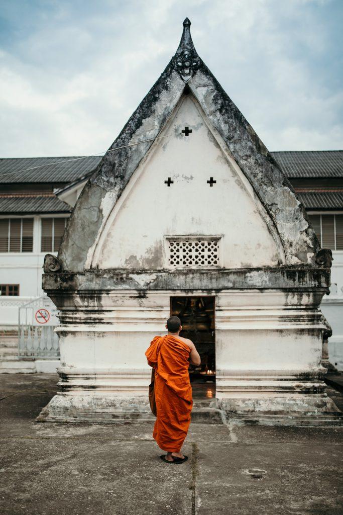 voyage au laos moine luang prabang