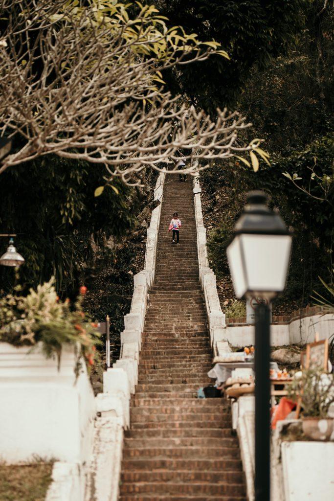 voyage au laos mont phousi