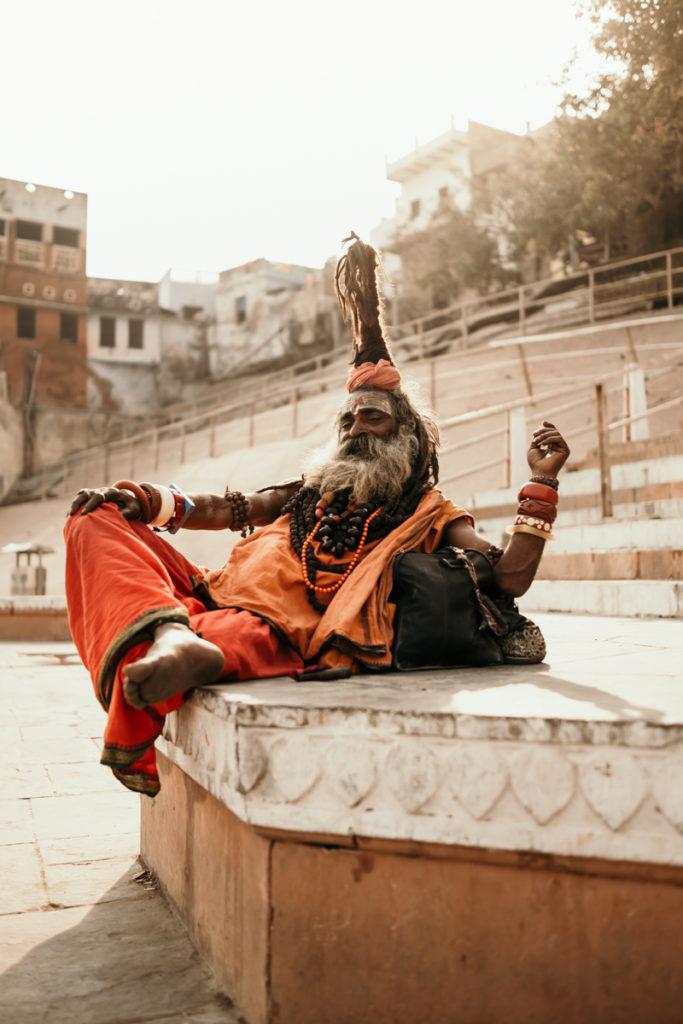 du réflex a l'hybride sadhu varanasi