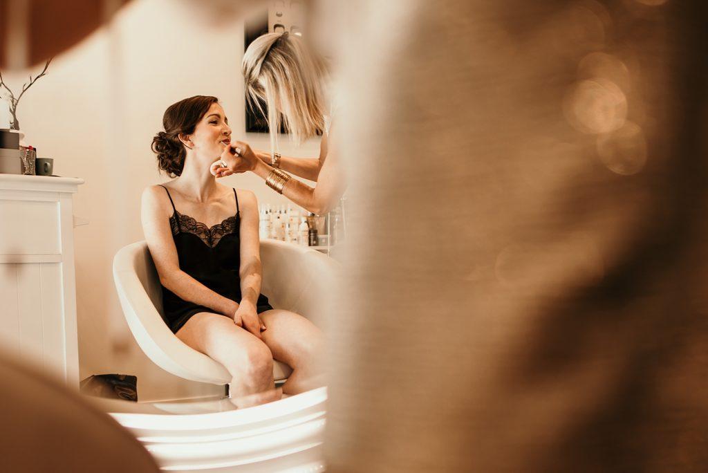 Photographe Mariage Bretagne salon de coiffure saint malo